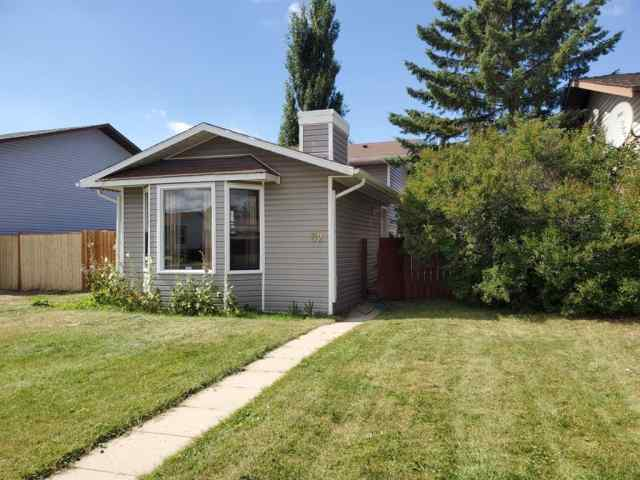 52 Fallswater RD Ne in Falconridge Calgary
