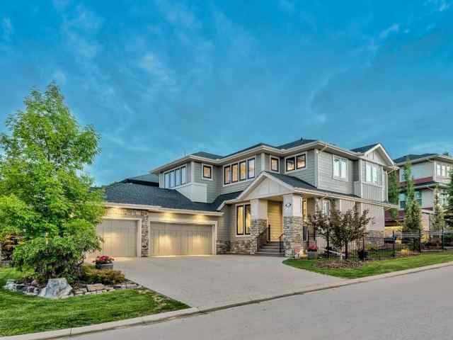 22 CRESTRIDGE ME SW in Crestmont Calgary MLS® #C4304833