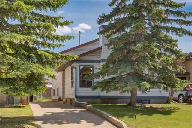 1616 47 ST SW in Westgate Calgary