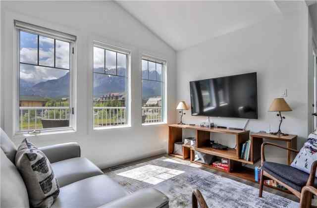 #3b 1306 Bow Valley Tr in Bow Valley Trail Canmore MLS® #C4305158