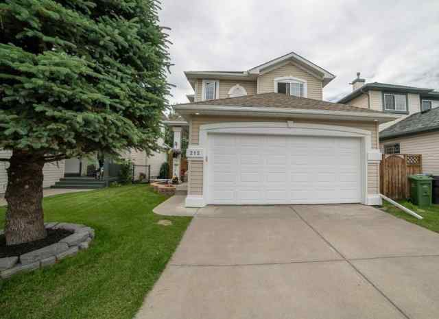 Douglasdale/Glen real estate 212 DOUGLAS RIDGE CI SE in Douglasdale/Glen Calgary