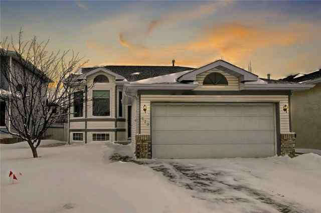 223 Arbour Ridge WY Nw in Arbour Lake Calgary