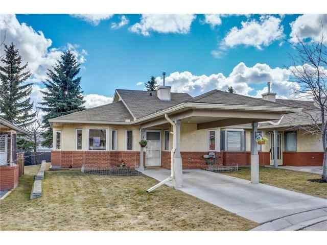 2655 Dovely Co Se in Dover Calgary
