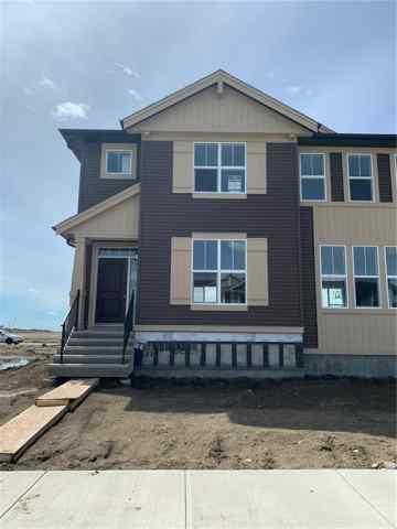 492 West Lakeview Dr in Dawson's Landing Chestermere