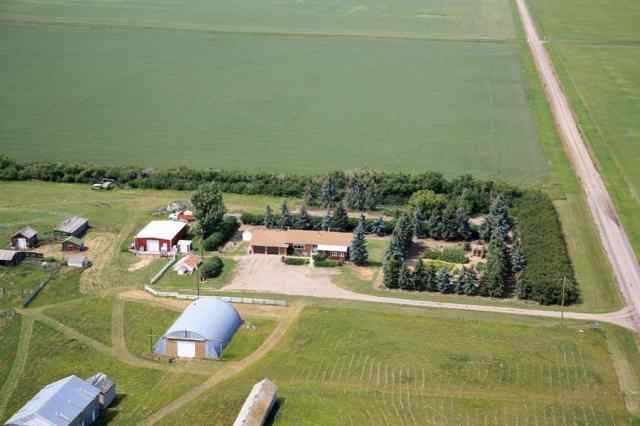 260057 Twp RD 114 in None Claresholm