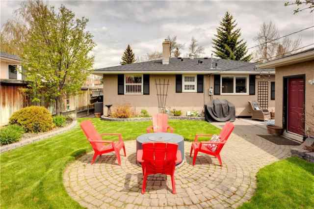 25 Chancellor WY Nw in Cambrian Heights Calgary