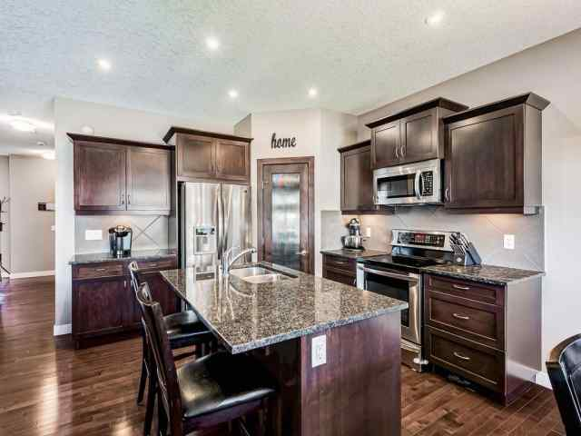 175 LUXSTONE View  in  Airdrie MLS® #C4306513
