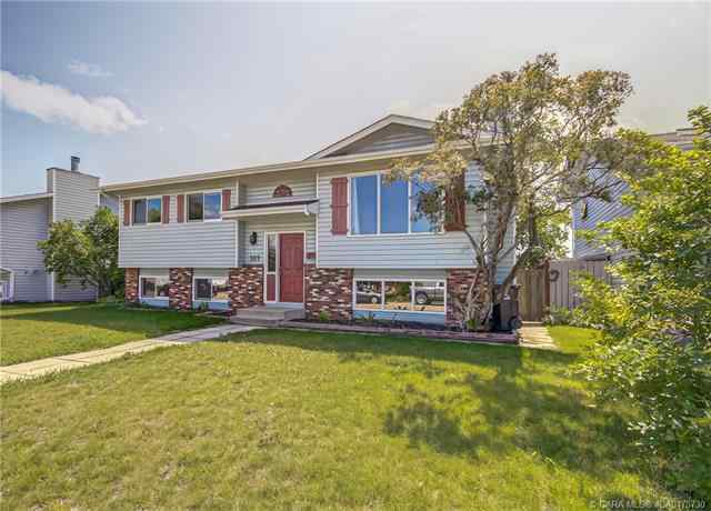 102 Westview Crescent  in Harvest Meadows Blackfalds MLS® #CA0175730