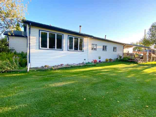 4722 50 Street  in  Wanham MLS® #GP208745