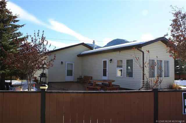 6101 20 Avenue  in  Rural Crowsnest Pass MLS® #LD0149536
