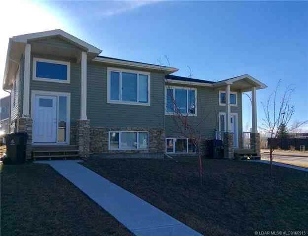 704 Mt Sundance LANE W in Sunridge Lethbridge MLS® #LD0160915