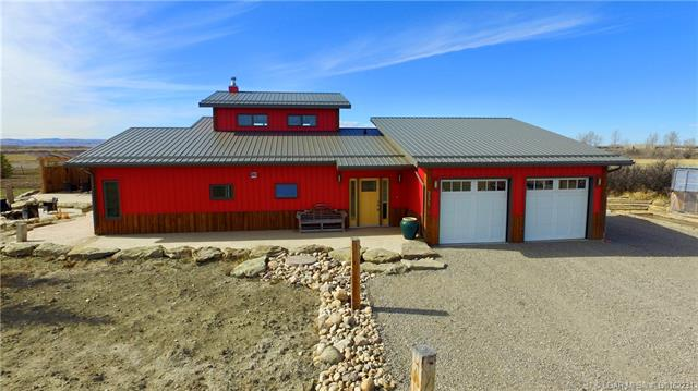 335 Avro Anson Road  in  Fort Macleod MLS® #LD0162231