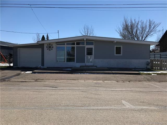 122W Civic Avenue  in  Magrath MLS® #LD0164752