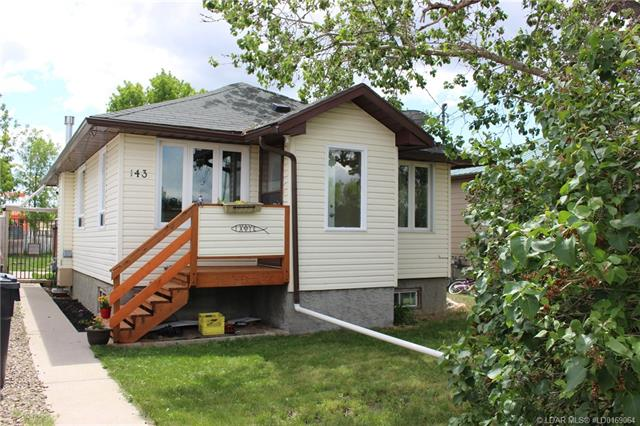 143 Crescent Avenue  in  Picture Butte MLS® #LD0169064