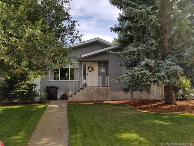 749 Gibbons Avenue  in  Picture Butte MLS® #LD0185270