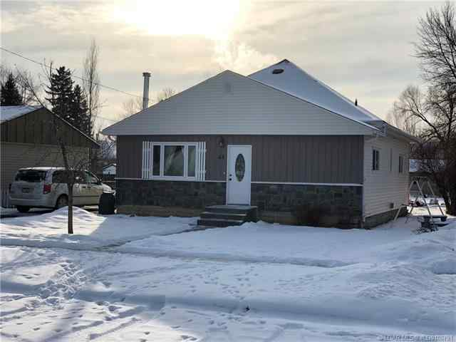 44W Harker Avenue  in  Magrath MLS® #LD0186791