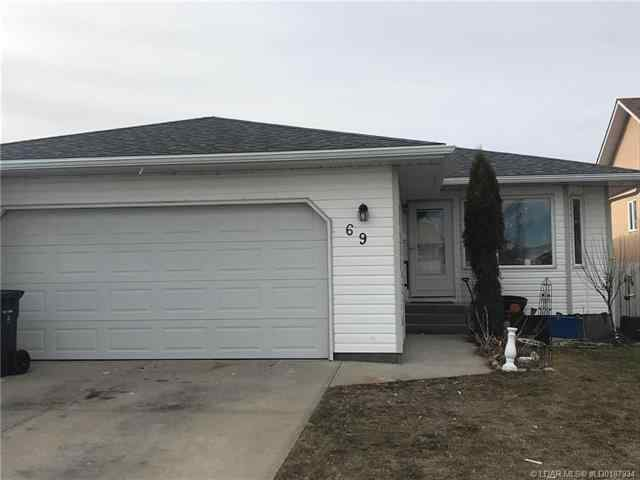 69 Mt Rundle Way W in Mountain Heights Lethbridge MLS® #LD0187934
