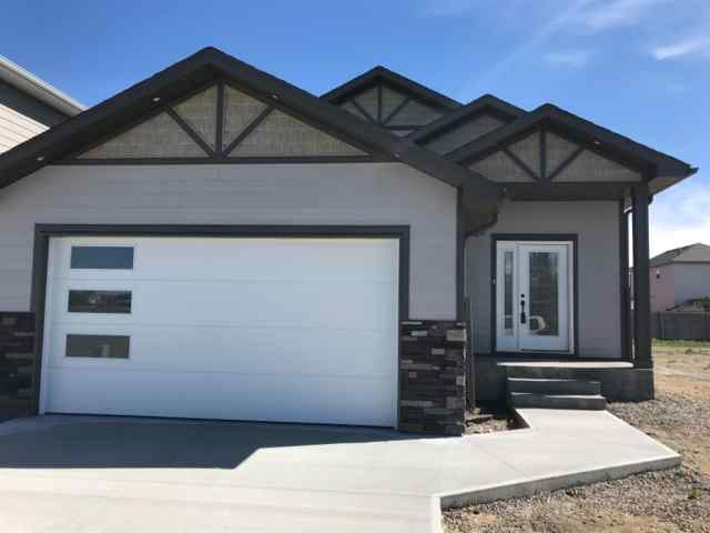336 Greenwood Place  in  Coalhurst MLS® #LD0188428