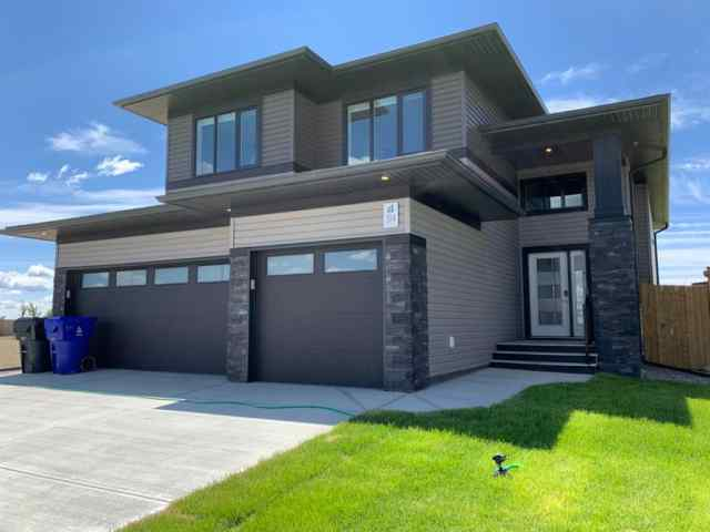 314 Canyon Meadows Road West in  Lethbridge MLS® #LD0188848