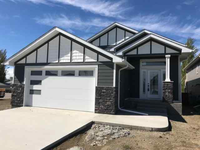 307 Greenwood Place  in  Coalhurst MLS® #LD0189053