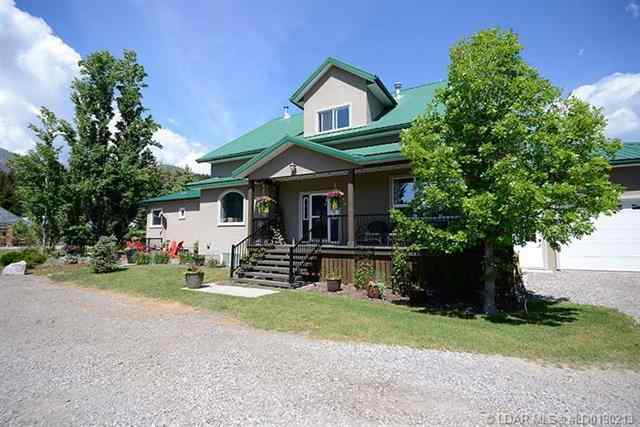 1606 East Hillcrest Drive  in  Rural Crowsnest Pass MD MLS® #LD0190213
