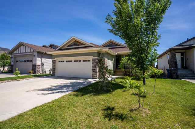 219 Mt Sundial Court W in Sunridge Lethbridge MLS® #LD0190839