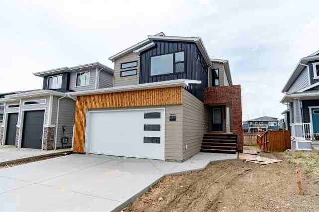 889 Atlantic Cove W in The Crossings Lethbridge MLS® #LD0192472