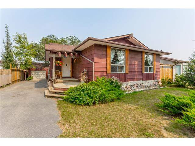 24 Brentwood Dr in Maplewood Strathmore MLS® #C4133705