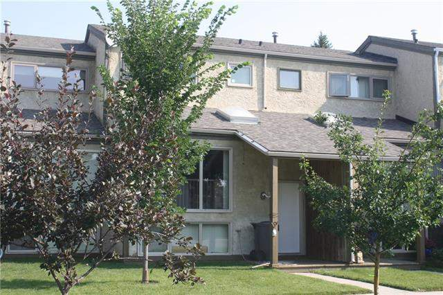#6 18 6 AV Se, High River  Central High River homes for sale