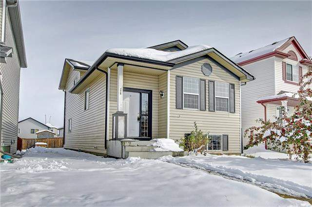 228 Martinvalley RD Ne, Calgary  Martindale homes for sale