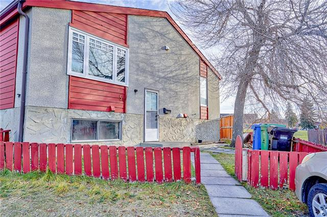 5 Penworth CL Se, Calgary Penbrooke Meadows real estate, Attached Penbrooke Meadows homes for sale
