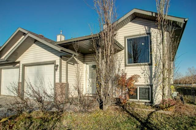 157 Hillvale Cr, Strathmore, Hillview Estates real estate, Attached Hillview Estates homes for sale