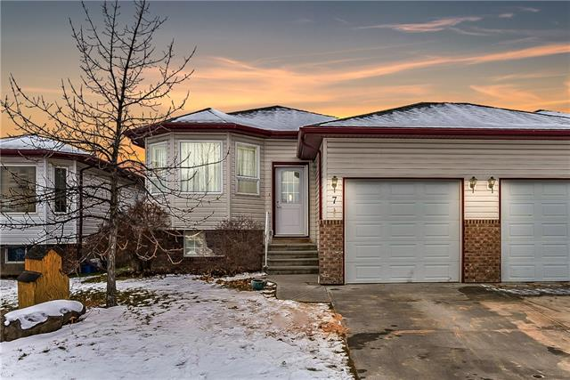7 High Ridge CL Nw, High River Highwood Village real estate, Attached High River homes for sale
