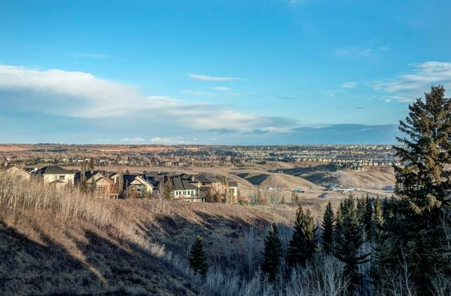 12011 Valley Ridge DR Nw in Valley Ridge Calgary MLS® #C4218312