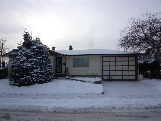 59 Rossmere RD Sw, Calgary, Rosscarrock real estate, Detached Rosscarrock homes for sale