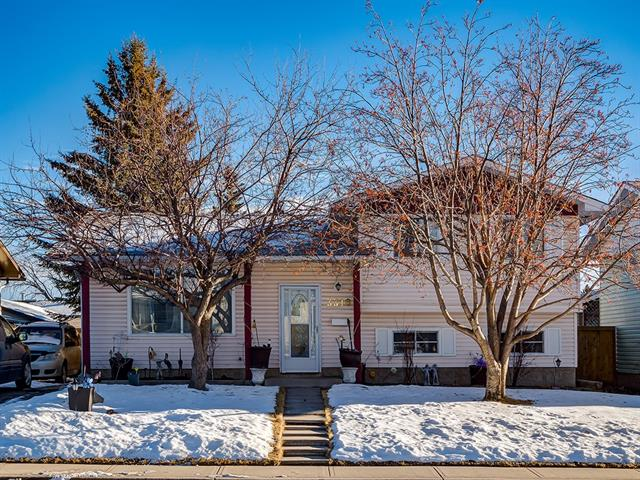 3316 48 ST Ne in Whitehorn Calgary MLS® #C4220206