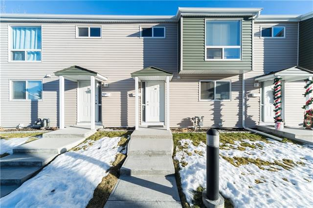 #27 5425 Pensacola CR Se in Penbrooke Meadows Calgary MLS® #C4220443