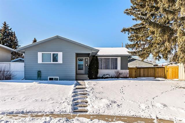 8519 Addison PL Se, Calgary, Acadia real estate, Detached Blackfoot Mobile Park homes for sale