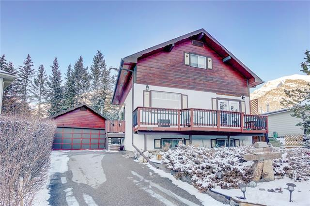320 Pioneer Rd in Cougar Creek Canmore MLS® #C4224712