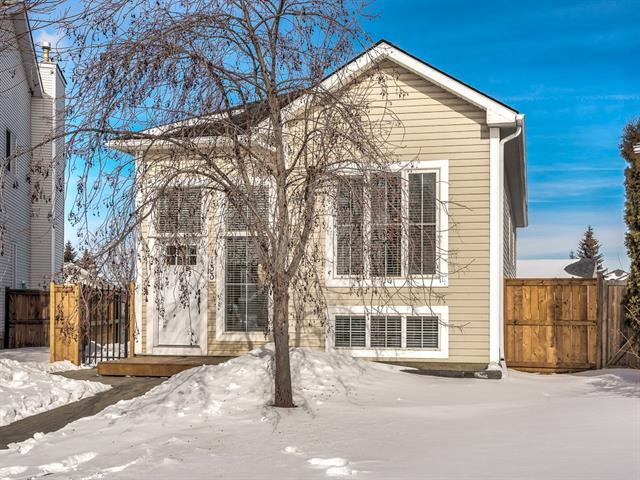 133 Mt Lorette PL Se in McKenzie Lake Calgary MLS® #C4232376