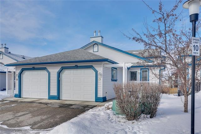 #9 33 Stonegate DR Nw, Airdrie, Stonegate real estate, Attached Stonegate homes for sale