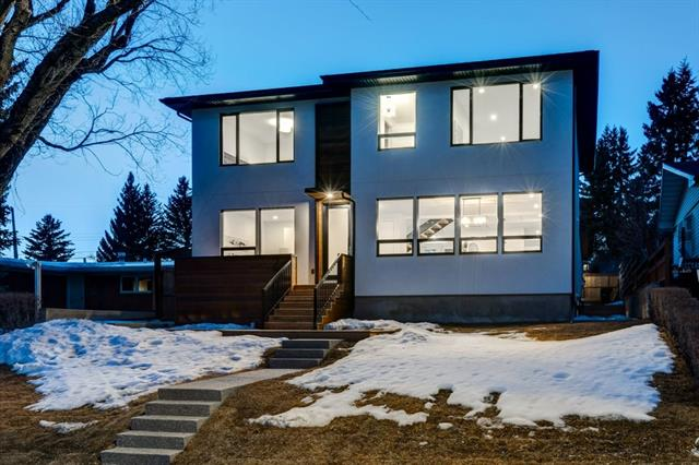 2708 Cannon RD Nw in Charleswood Calgary MLS® #C4233984