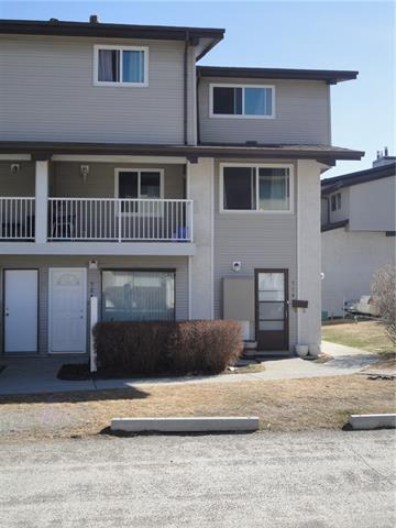 #524 200 Brookpark DR Sw, Calgary, Braeside real estate, Attached Braeside homes for sale