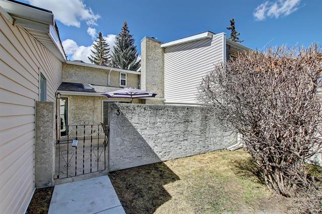 #3 4915 45 ST Sw, Calgary, Glamorgan real estate, Attached Glamorgan homes for sale