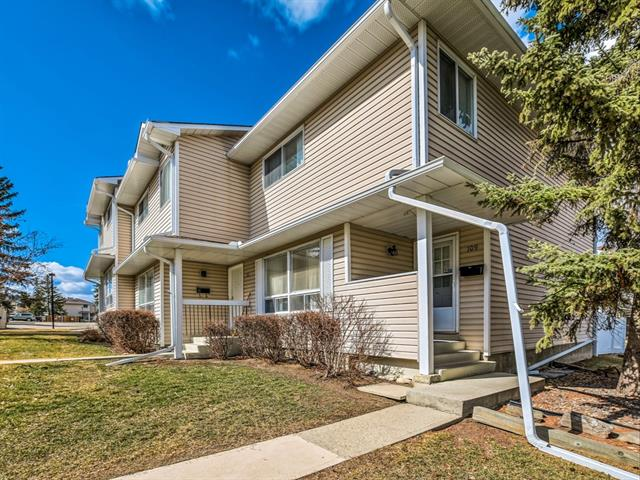 109 Woodsman Ln Sw, Calgary, Woodbine real estate, Attached Woodbine homes for sale