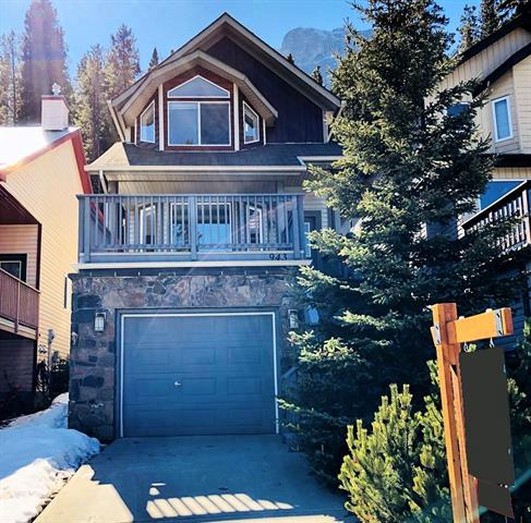 943 Wilson Wy in Peaks of Grassi Canmore MLS® #C4237473