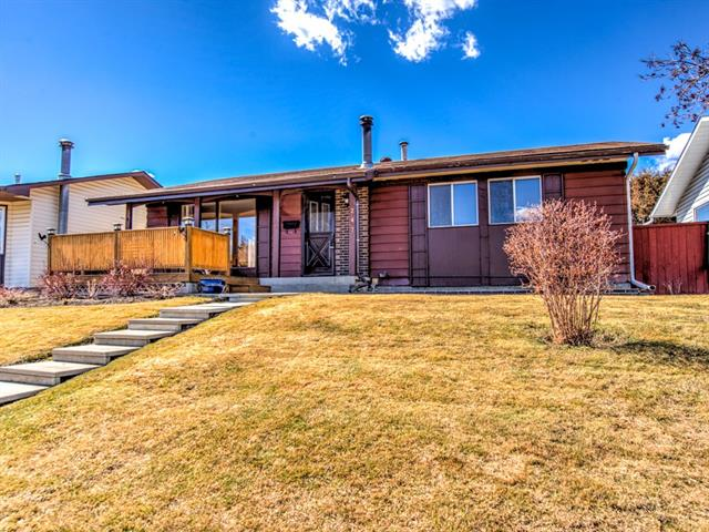 247 Whitehorn CR Ne in Whitehorn Calgary MLS® #C4238370