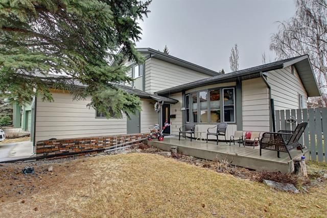 367 Queensland PL Se in Queensland Calgary MLS® #C4238855