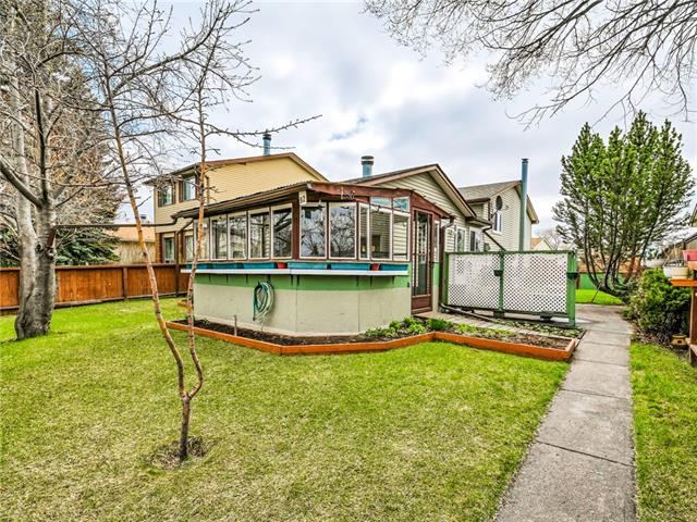 92 Erin Woods DR Se in Erin Woods Calgary MLS® #C4243525