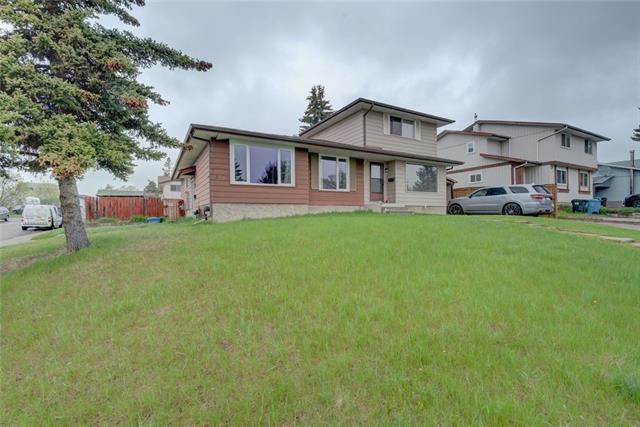 3843 Fonda WY Se, Calgary, Forest Heights real estate, Attached Forest Heights homes for sale